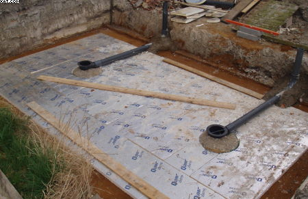 Koi pond construction how to build a koi house for Koi pond bottom drain setup