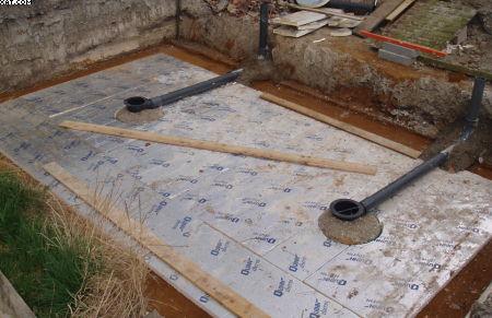 Koi pond construction how to build a koi house for Koi pond bottom drain design